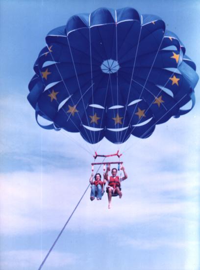 Paracaidas en Benidorm